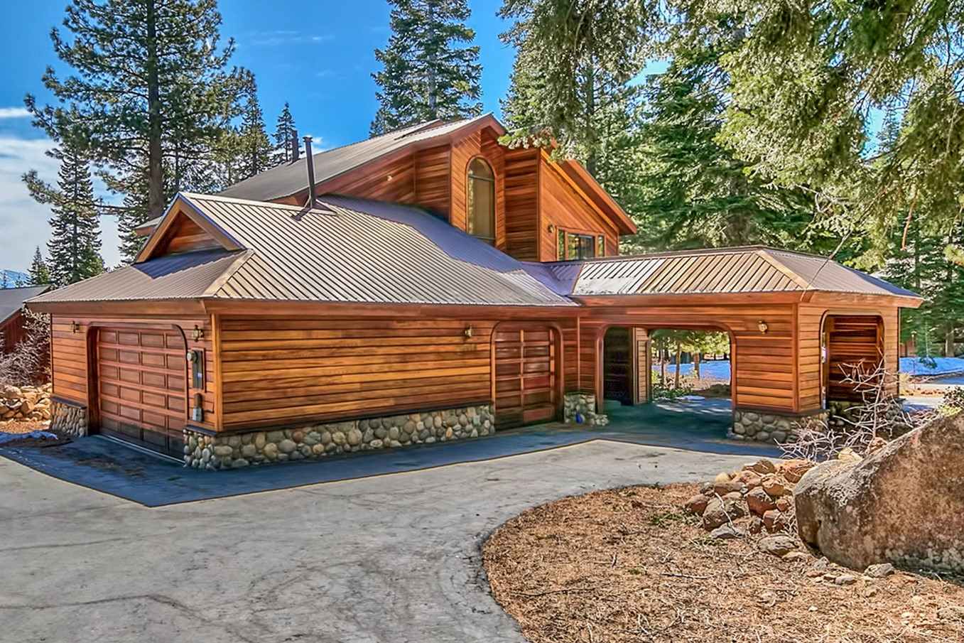 Single Family Home for Active at 10985 Mougle Lane, Truckee Ca 96161 10985 Mougle Lane Truckee, California 96161 United States