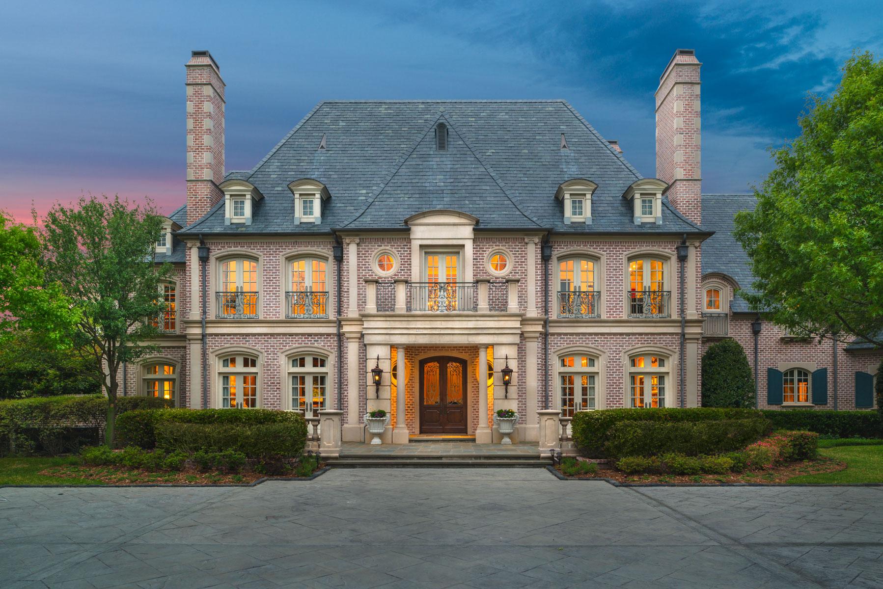 Maison unifamiliale pour l Vente à Glen Abbey Estate, French Country 2 Abbey Woods Ln Dallas, Texas, 75248 États-Unis