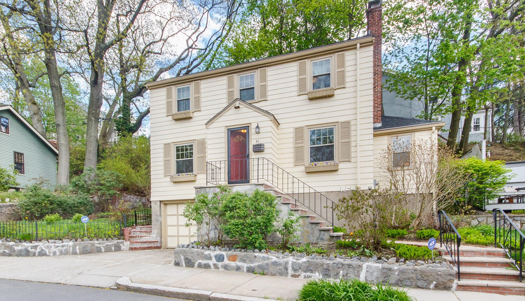 Tek Ailelik Ev için Satış at 31 Northbourne Rd, Boston Boston, Massachusetts, 02130 Amerika Birleşik Devletleri
