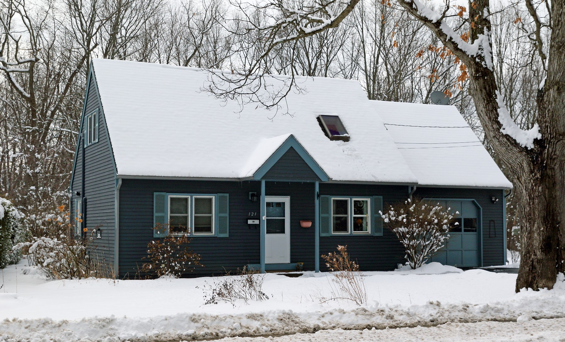 Maison unifamiliale pour l Vente à 121 Kirby, South Burlington 121 Kirby South Burlington, Vermont 05403 États-Unis