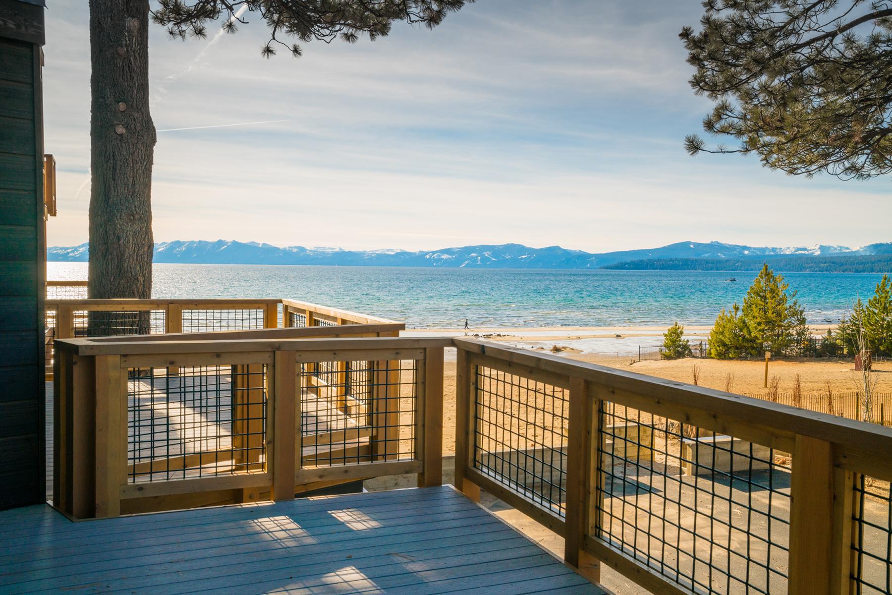 共管式独立产权公寓 为 销售 在 8308 North Lake Boulevard, Unit 3 8308 North Lake Boulevard Unit 3 Kings Beach, 加利福尼亚州 96143 美国