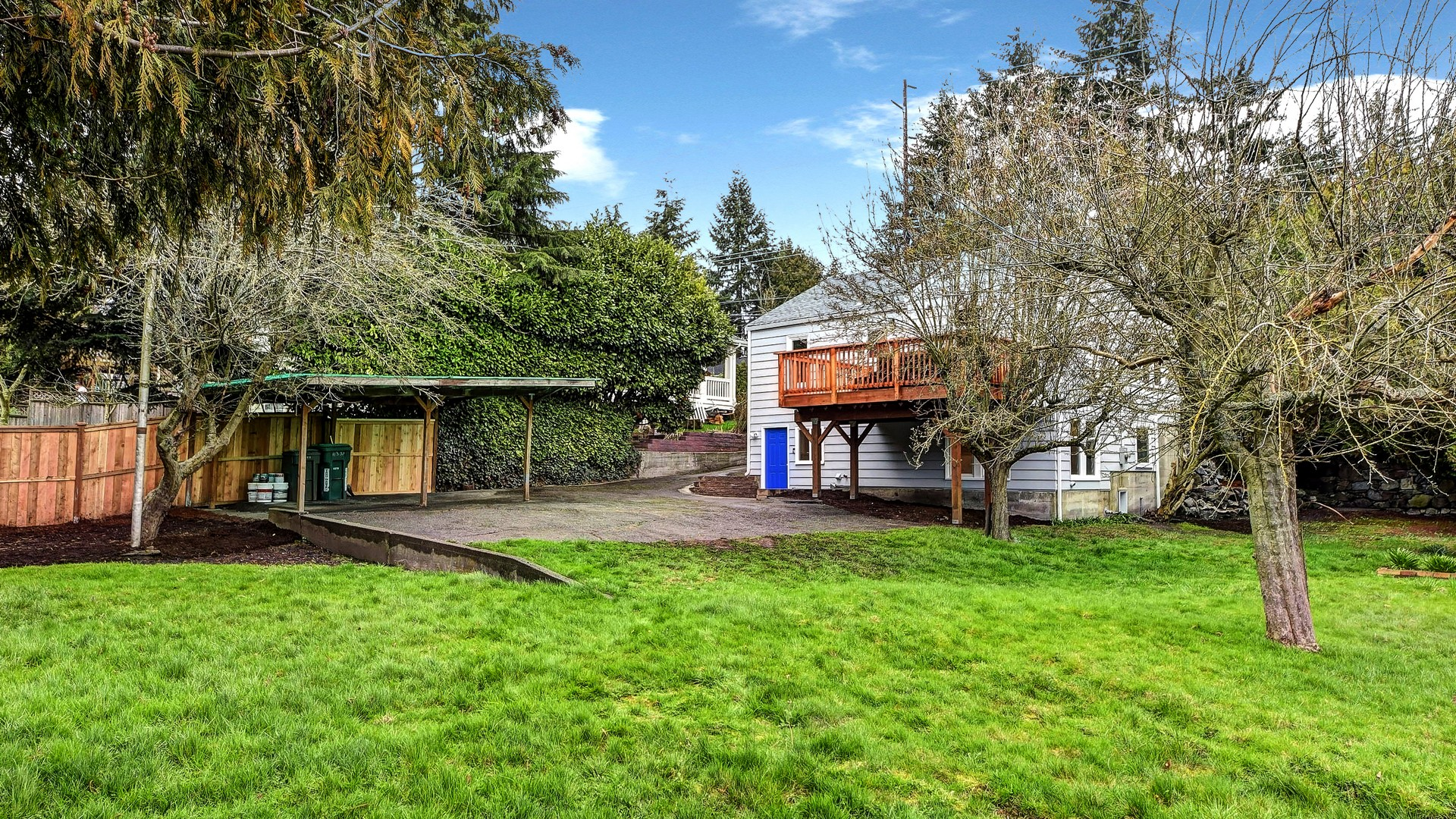 Additional photo for property listing at Northgate Home 11337 5th Ave NE Seattle, Washington 98125 États-Unis