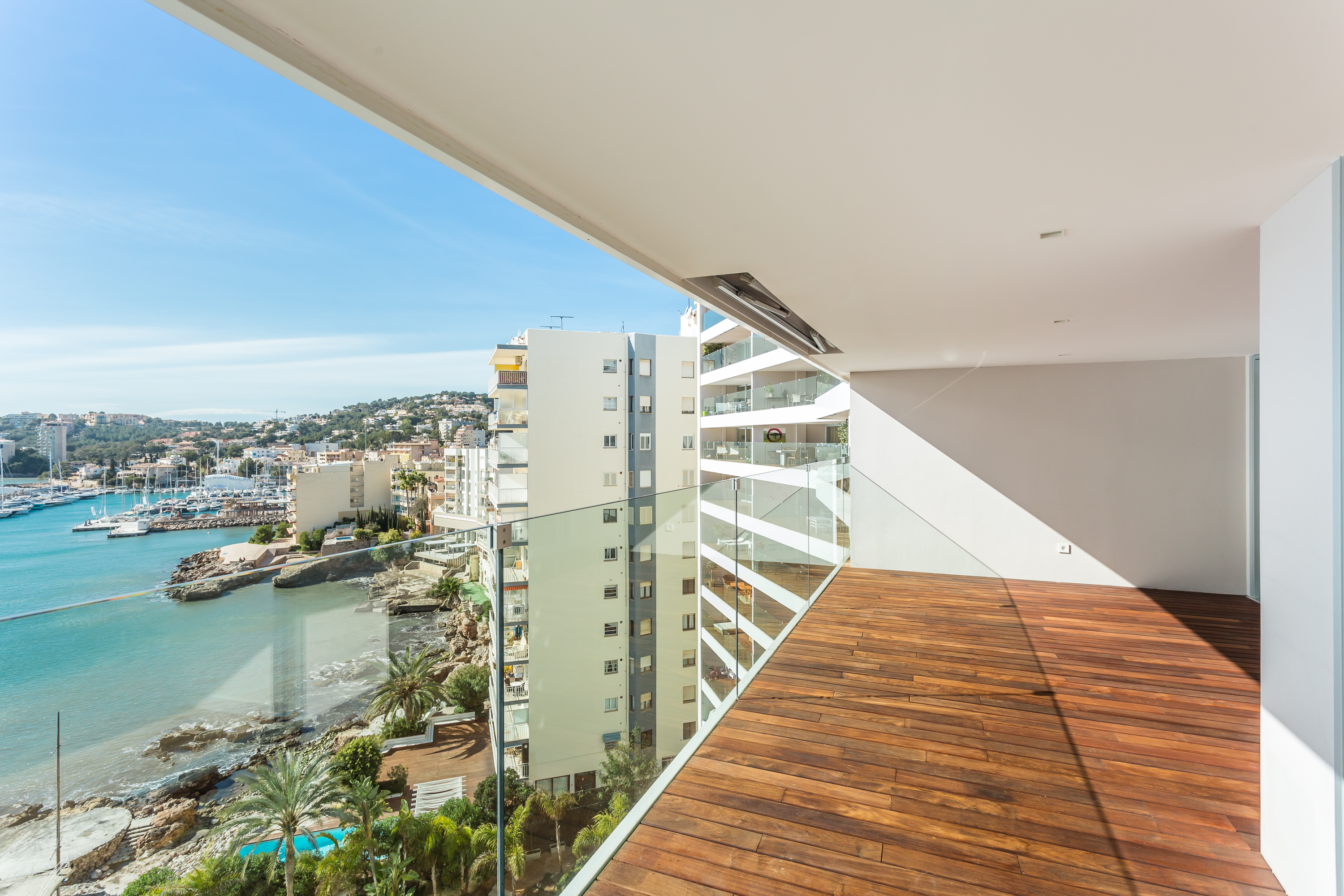 Casa Unifamiliar por un Venta en Luxury sea front apartment with views, San Agustín Palma, Mallorca, 07015 España