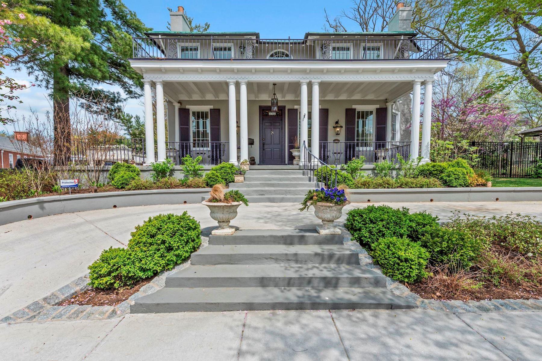 独户住宅 为 销售 在 3765 Northampton Street Nw, Washington 华盛顿市, 哥伦比亚特区, 20015 美国