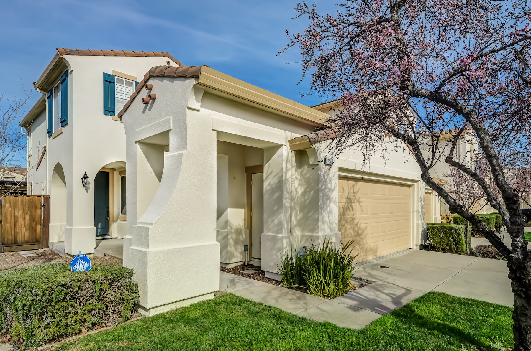 Townhouse for Sale at 7353 Buren Place, Castro Valley Castro Valley, California 94552 United States
