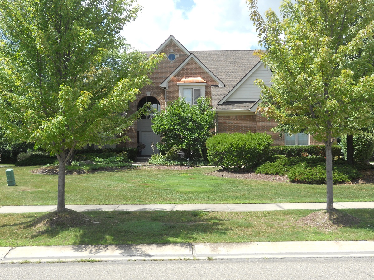 Single Family Home for Sale at West Bloomfield 6886 Maple Creek Blvd West Bloomfield, Michigan 48322 United States