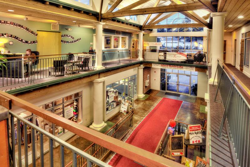 Коммерческий для того Аренда на Pavilion 403 Madison Ave N, #130 Bainbridge Island, Вашингтон 98110 Соединенные Штаты