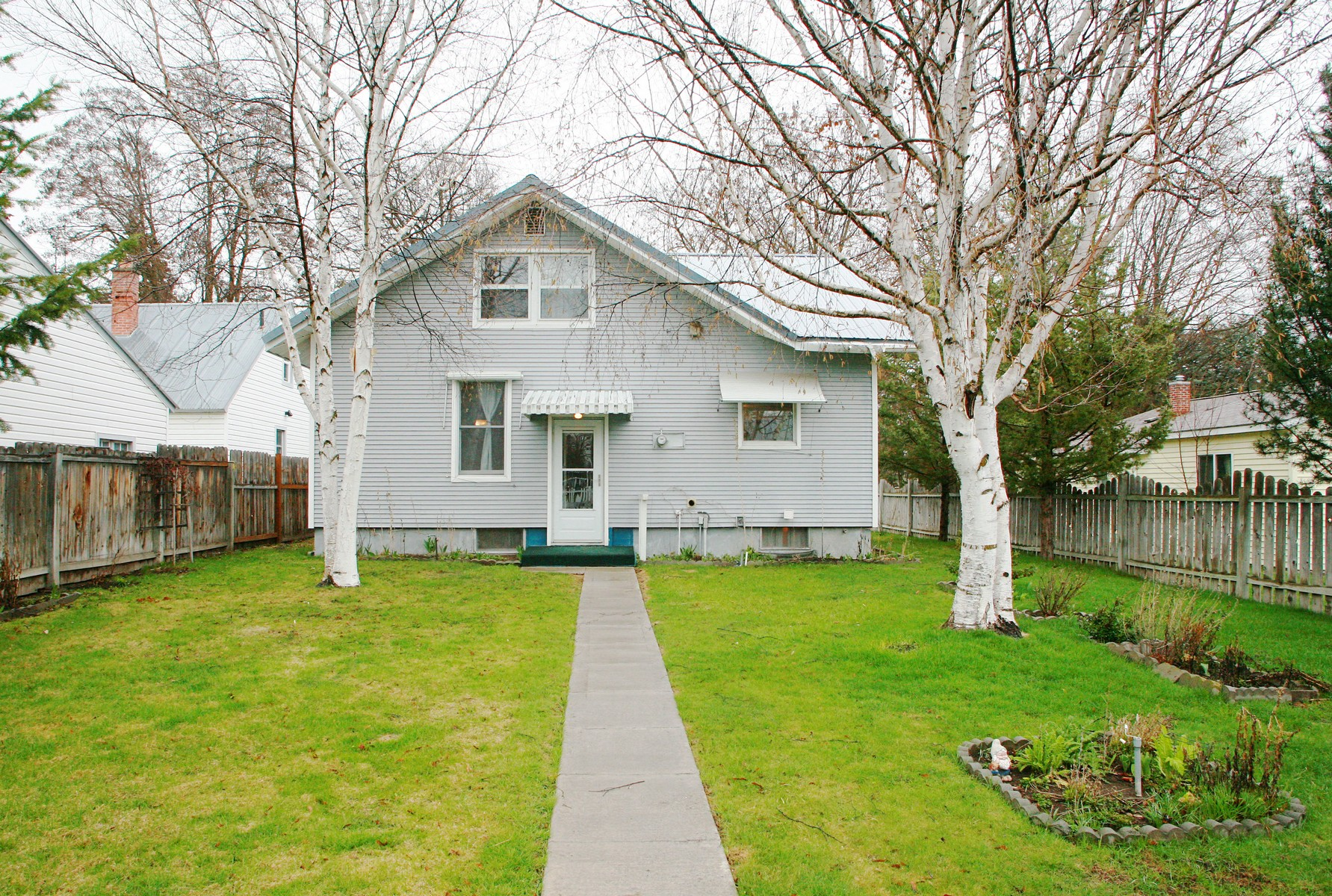 Additional photo for property listing at 686 2nd Ave East North, Kalispell, MT 59901 686  2nd Ave  Ea Kalispell, Montana 59901 United States