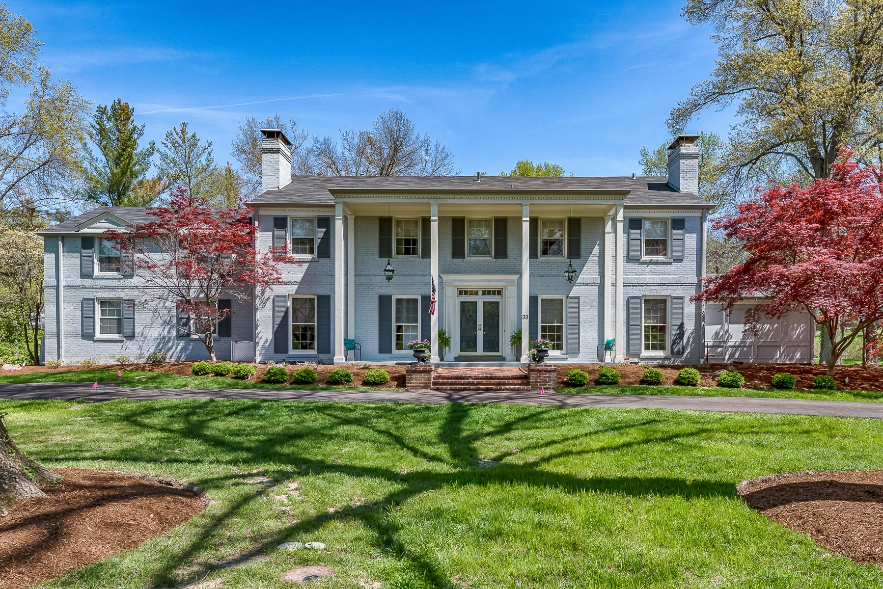 獨棟家庭住宅 為 出售 在 Log Cabin Drive 33 Log Cabin Dr Ladue, 密蘇里州, 63124 美國
