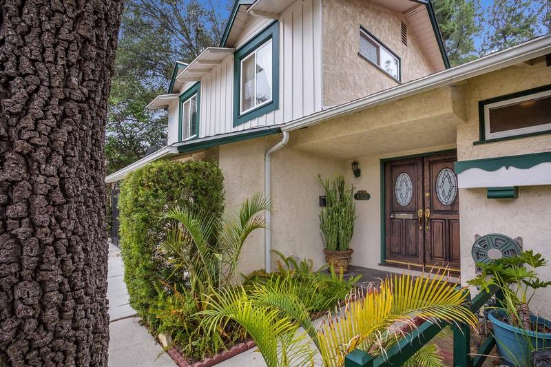 Vivienda unifamiliar por un Venta en 8322 Lester Ave 8322 Lester Lane West Hills, California, 91304 Estados Unidos
