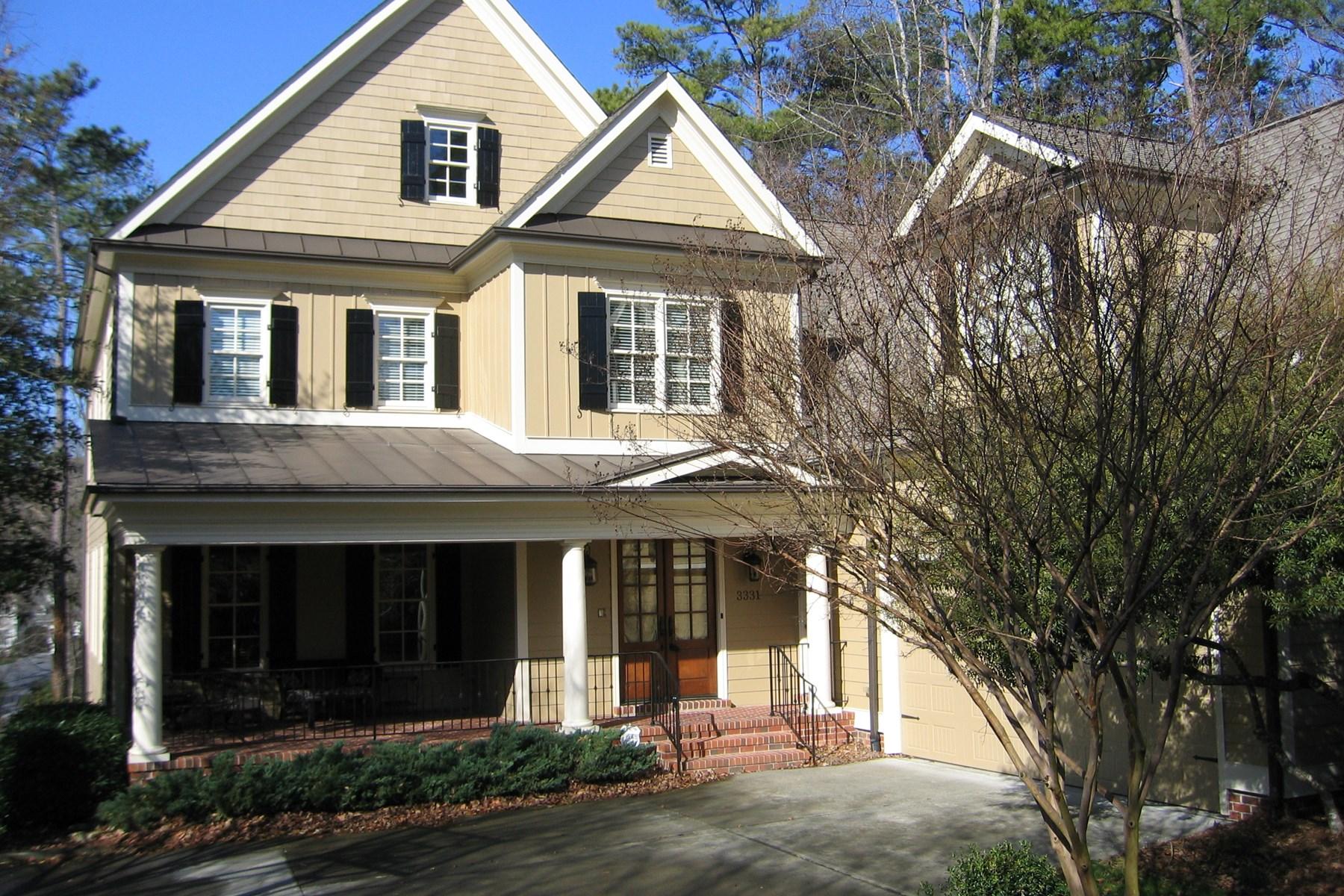 단독 가정 주택 용 매매 에 Bellevue Terrace Two Story 3331 Turnbridge Drive Raleigh, 노스캐놀라이나, 27609 미국에서/약: Durham, Chapel Hill, Cary