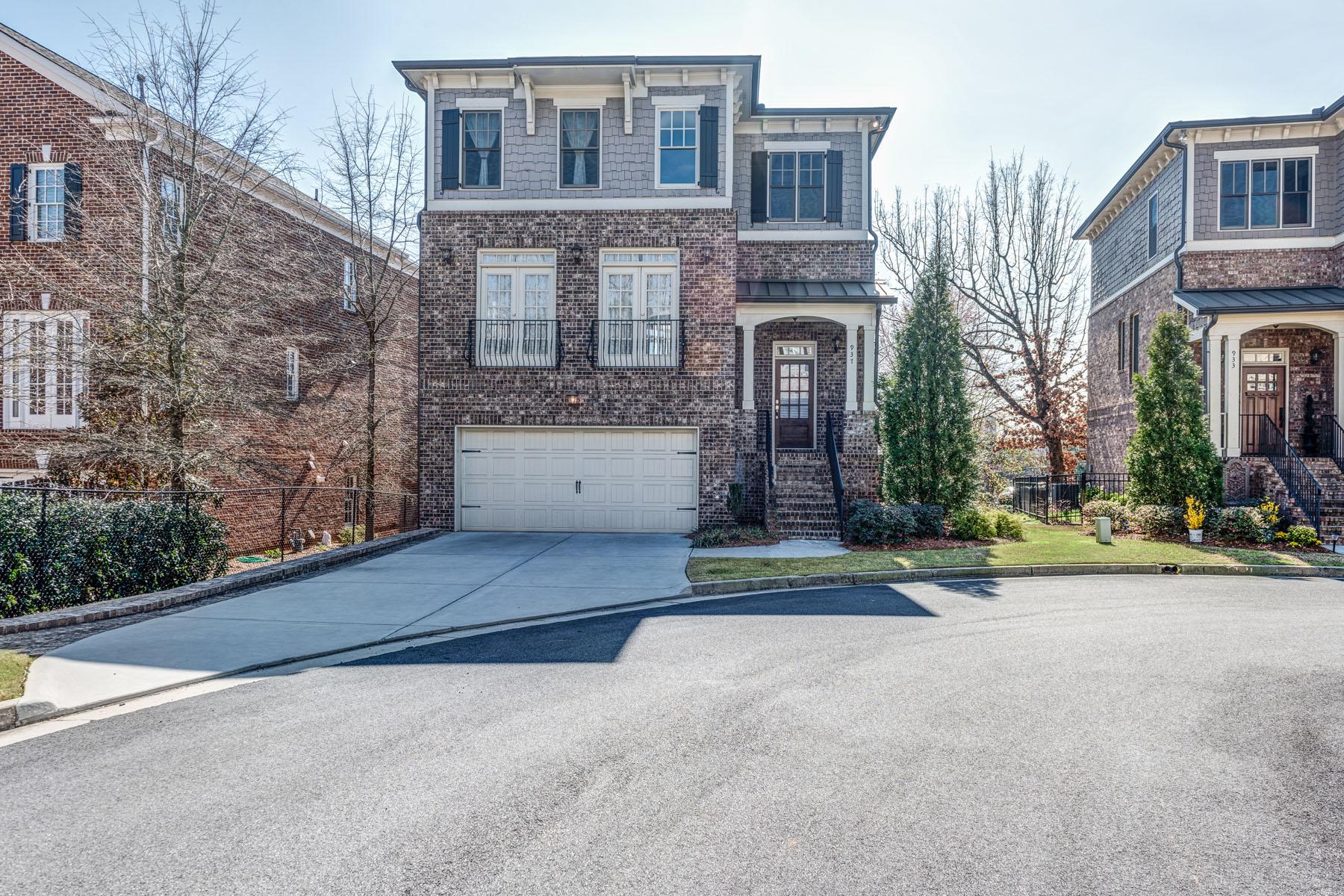 Einfamilienhaus für Verkauf beim Amazing Cul-De-Sac Executive Home 937 Canterbury Lane NE Atlanta, Georgia, 30324 Vereinigte Staaten