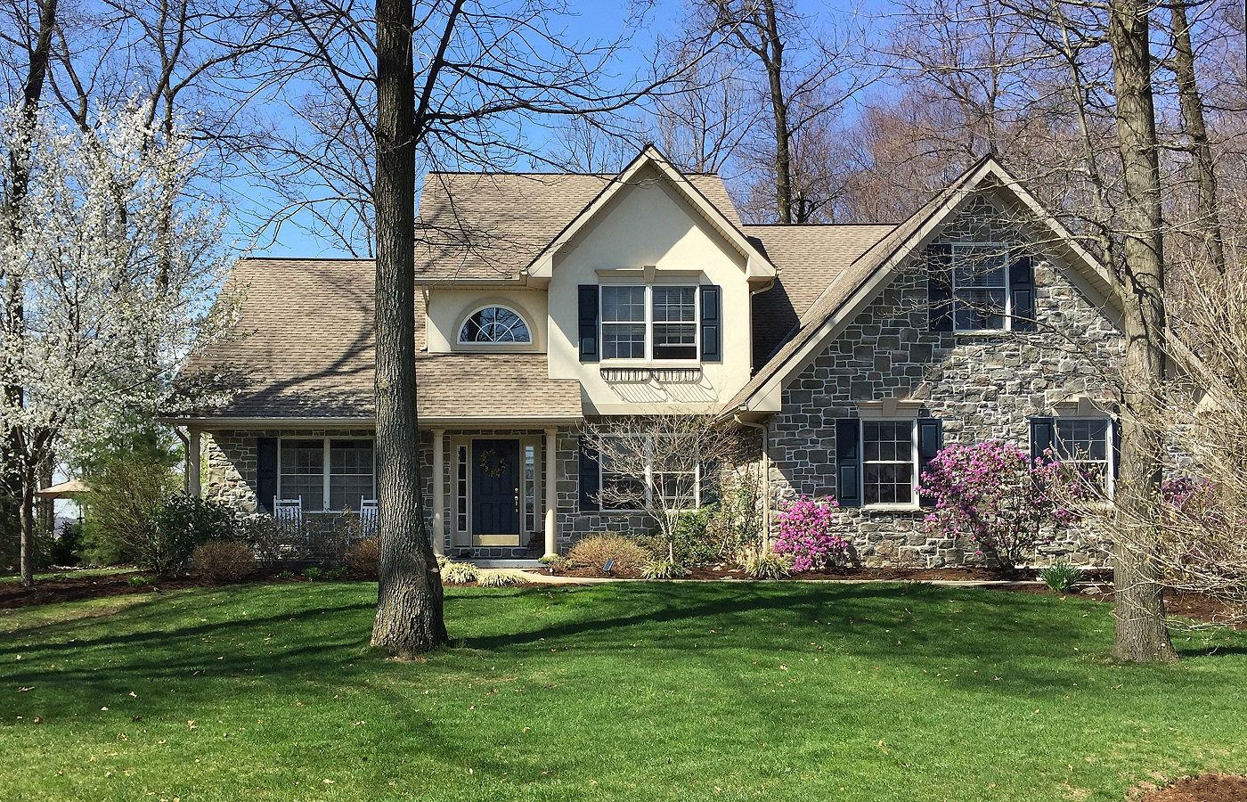 Single Family Home for Sale at 100 Fairway Circle Lebanon, 17042 United States
