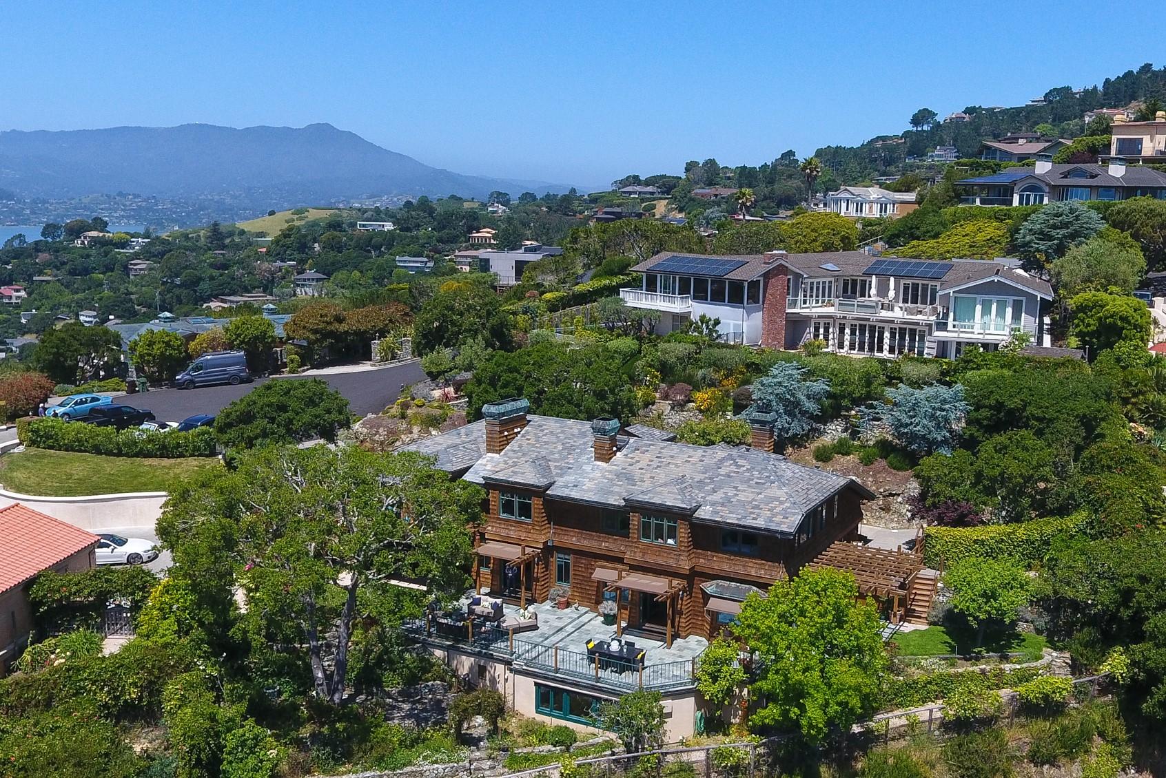 Casa para uma família para Venda às Spectacular Ridge Estate 3 Berke Court Tiburon, Califórnia, 94920 Estados Unidos