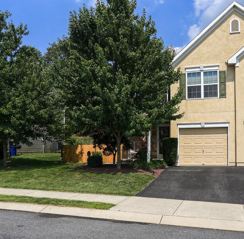 Casa Unifamiliar por un Venta en 203 Eagleview Drive 203 Eagle Drive Ephrata, Pennsylvania 17522 Estados Unidos
