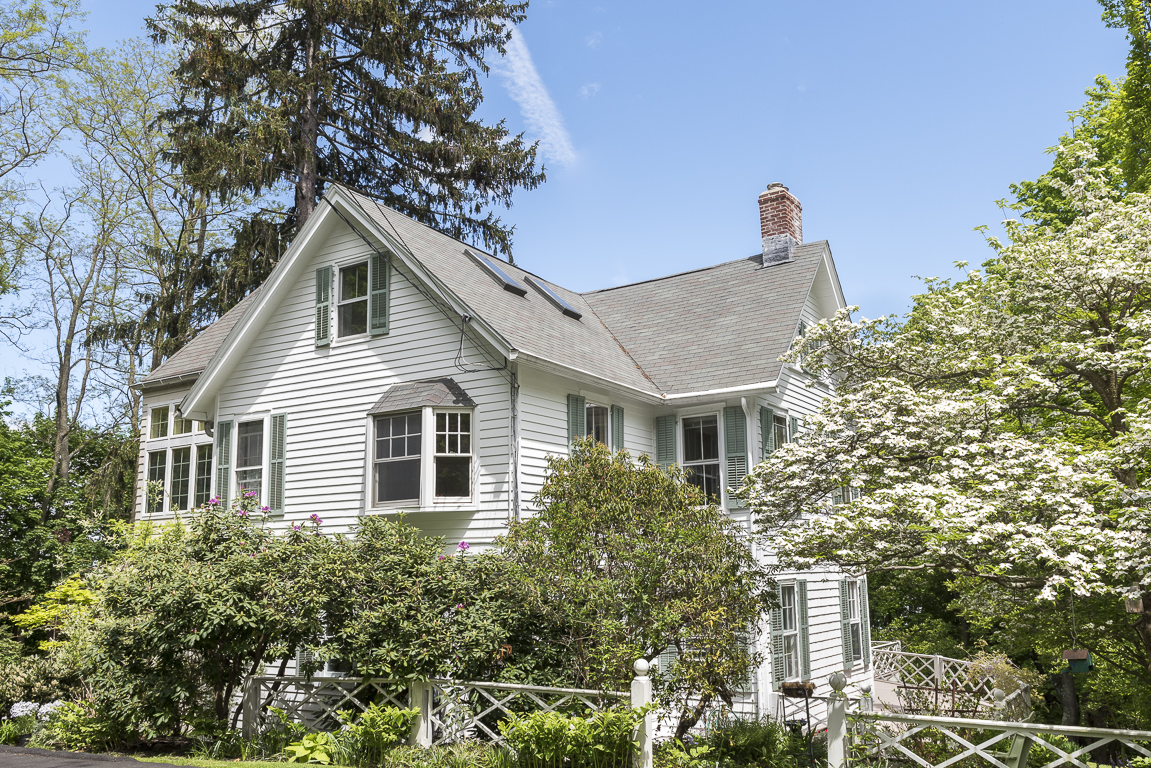 "Single Family Home for Sale at ""Four Gables"" 26 Franklin Street Piermont, New York 10968 United States"