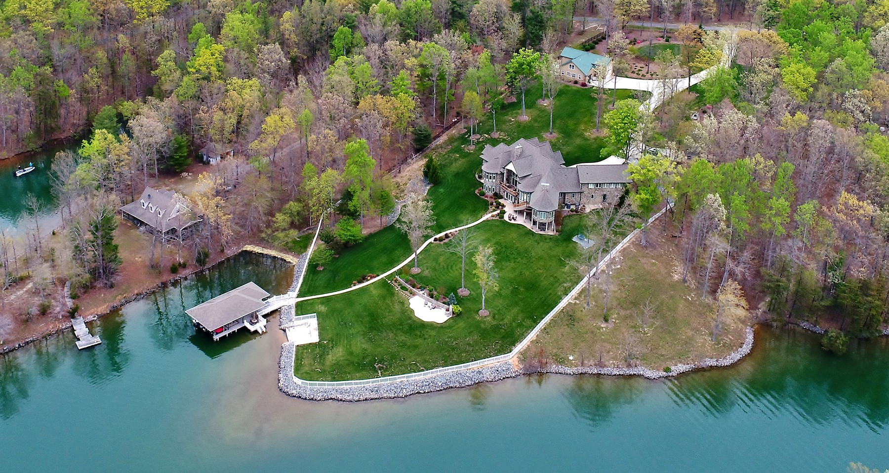 Single Family Home for Sale at Waterfront Estate at Smith Mountain Lake 1114 Shady Point Rd Huddleston, Virginia, 24104 United States