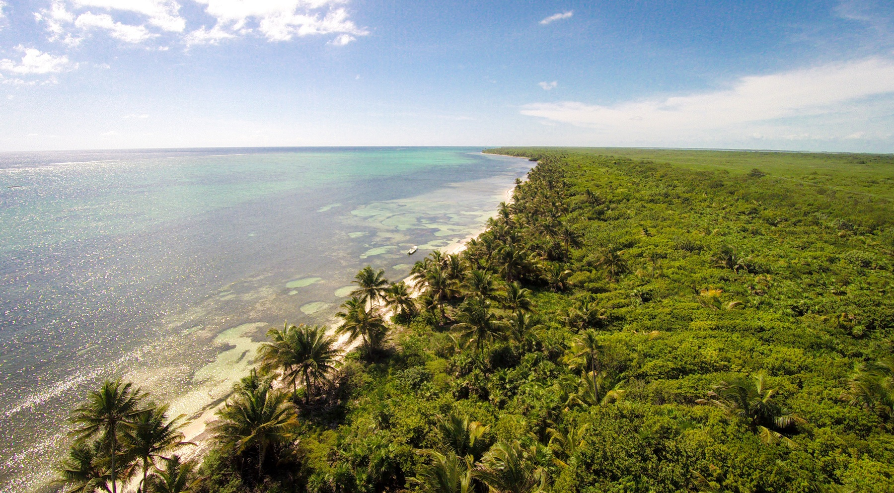 Additional photo for property listing at Prime Real Estate-Location, location. San Pedro Town, Ambergris Caye Belize