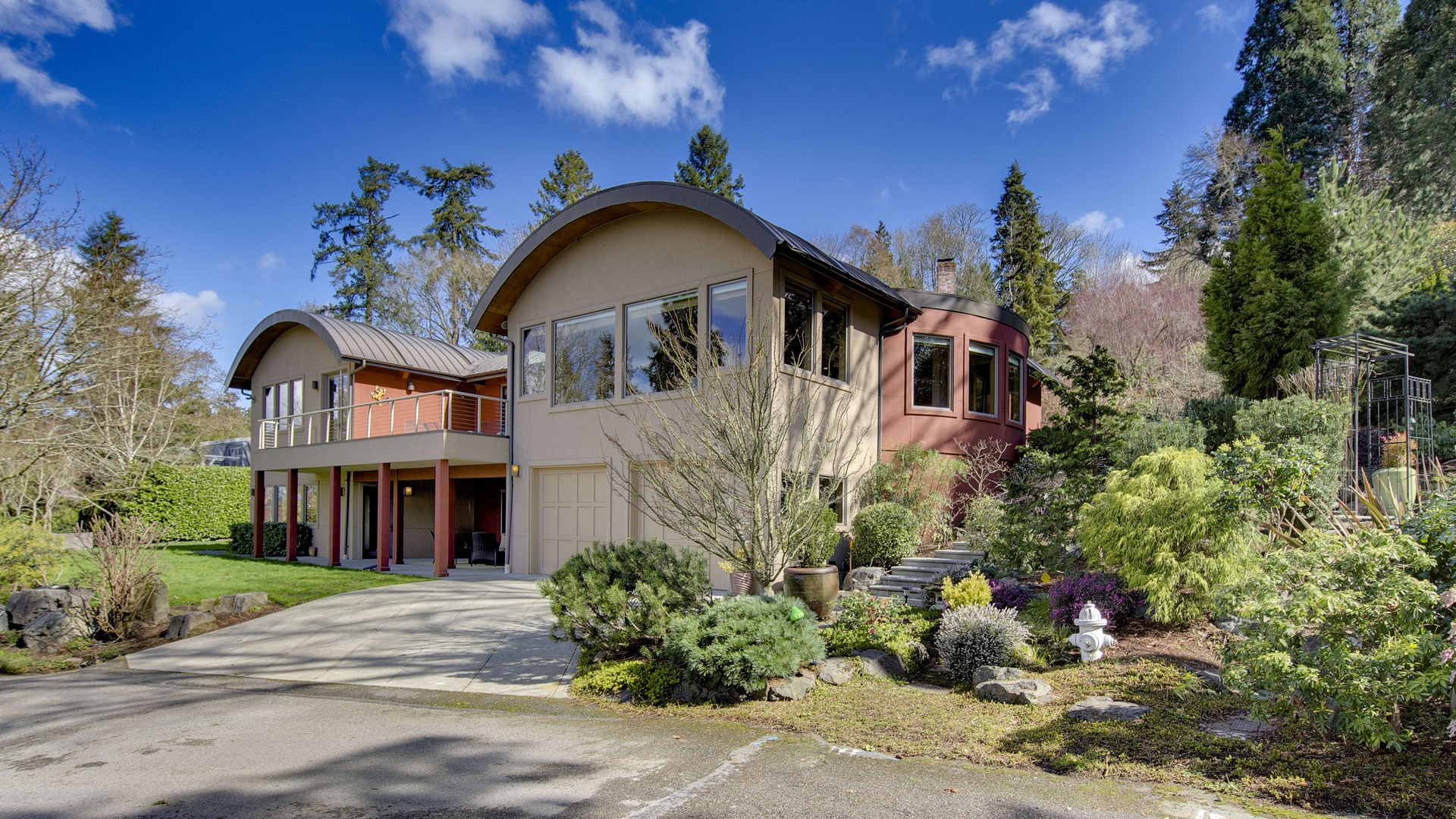 Single Family Home for Sale at Luxury Mercer Island Home 5335 W Mercer Wy Mercer Island, Washington 98040 United States