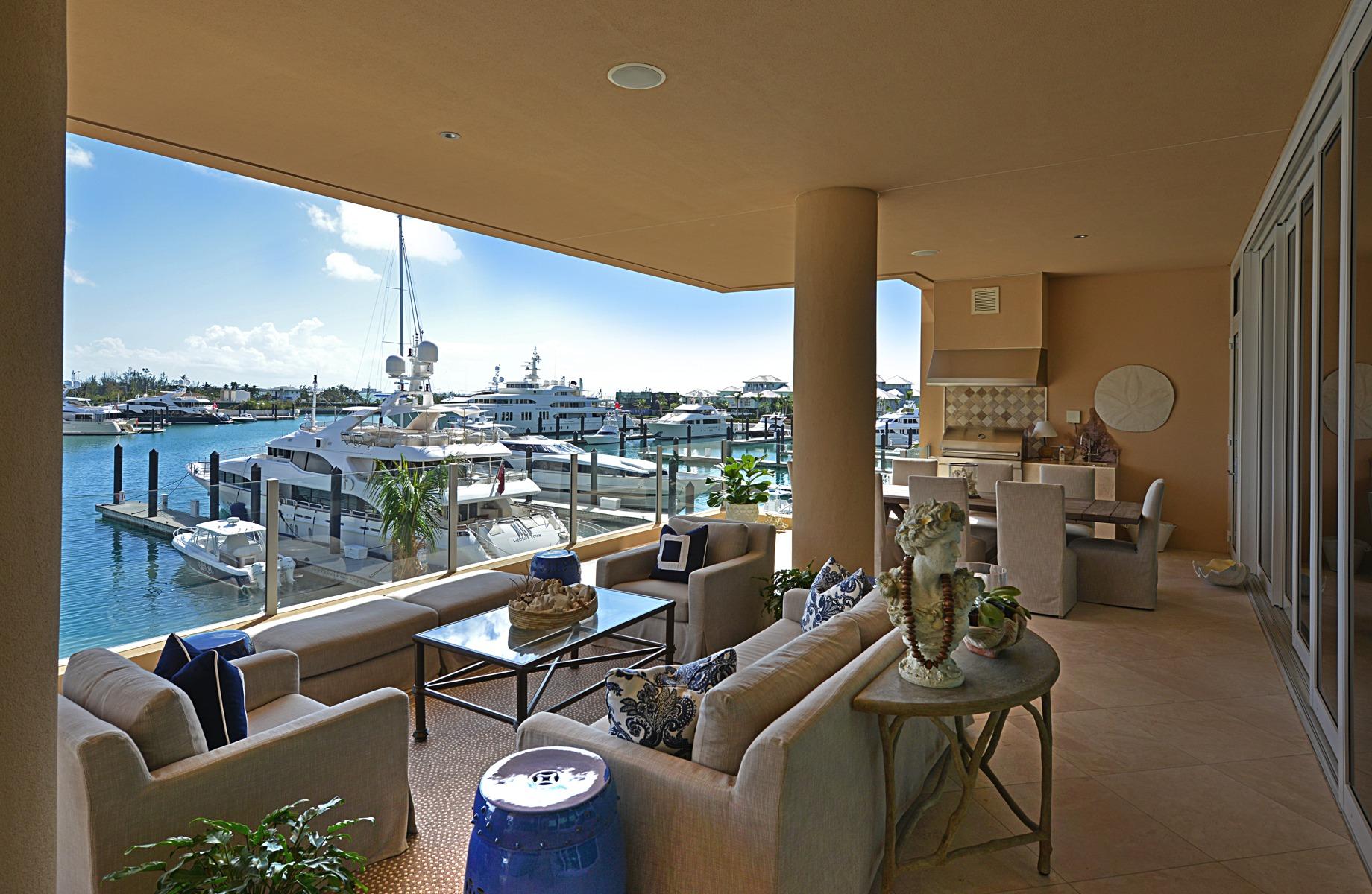 Appartement en copropriété pour l Vente à Albany, Charles 2A South Ocean, New Providence/Nassau, Bahamas