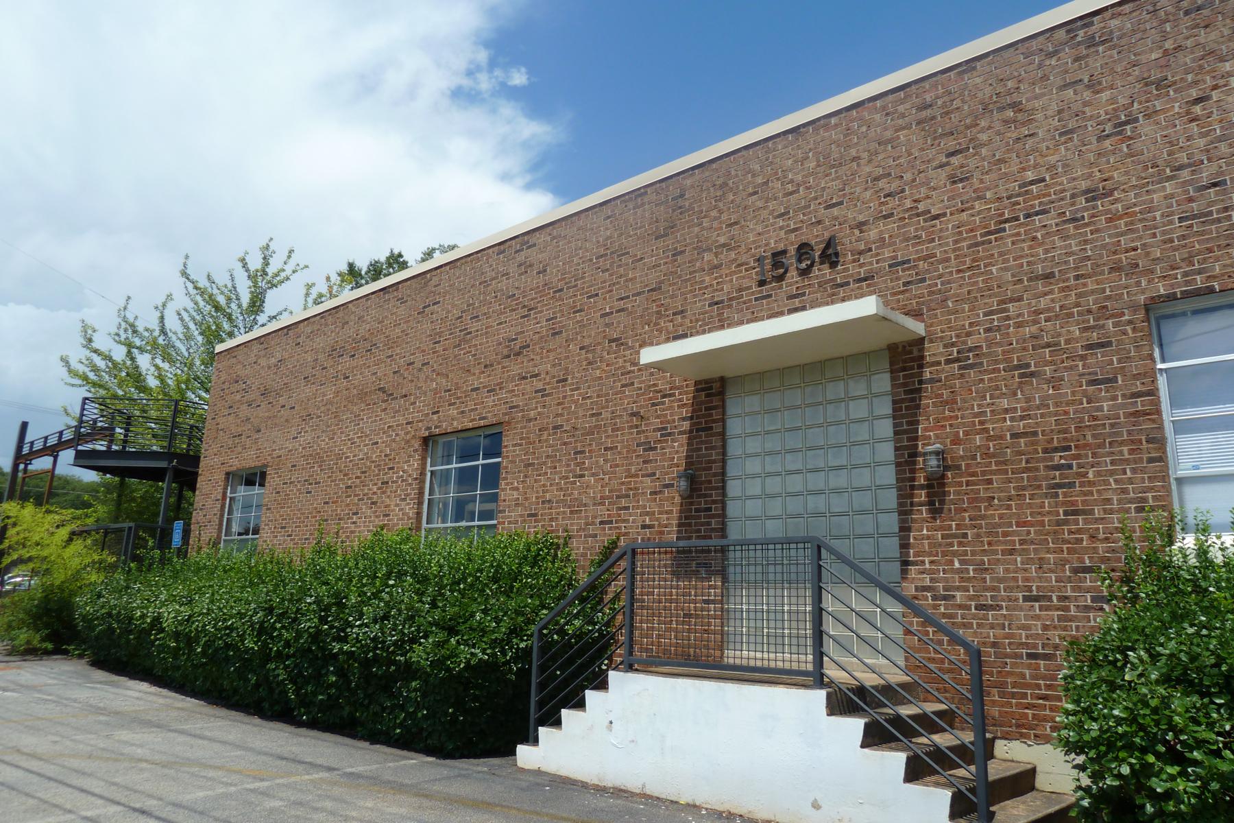 共管式独立产权公寓 为 销售 在 Oversized Authentic Candler Park Loft 1564 Dekalb Avenue NE Unit 6 亚特兰大, 乔治亚州, 30307 美国