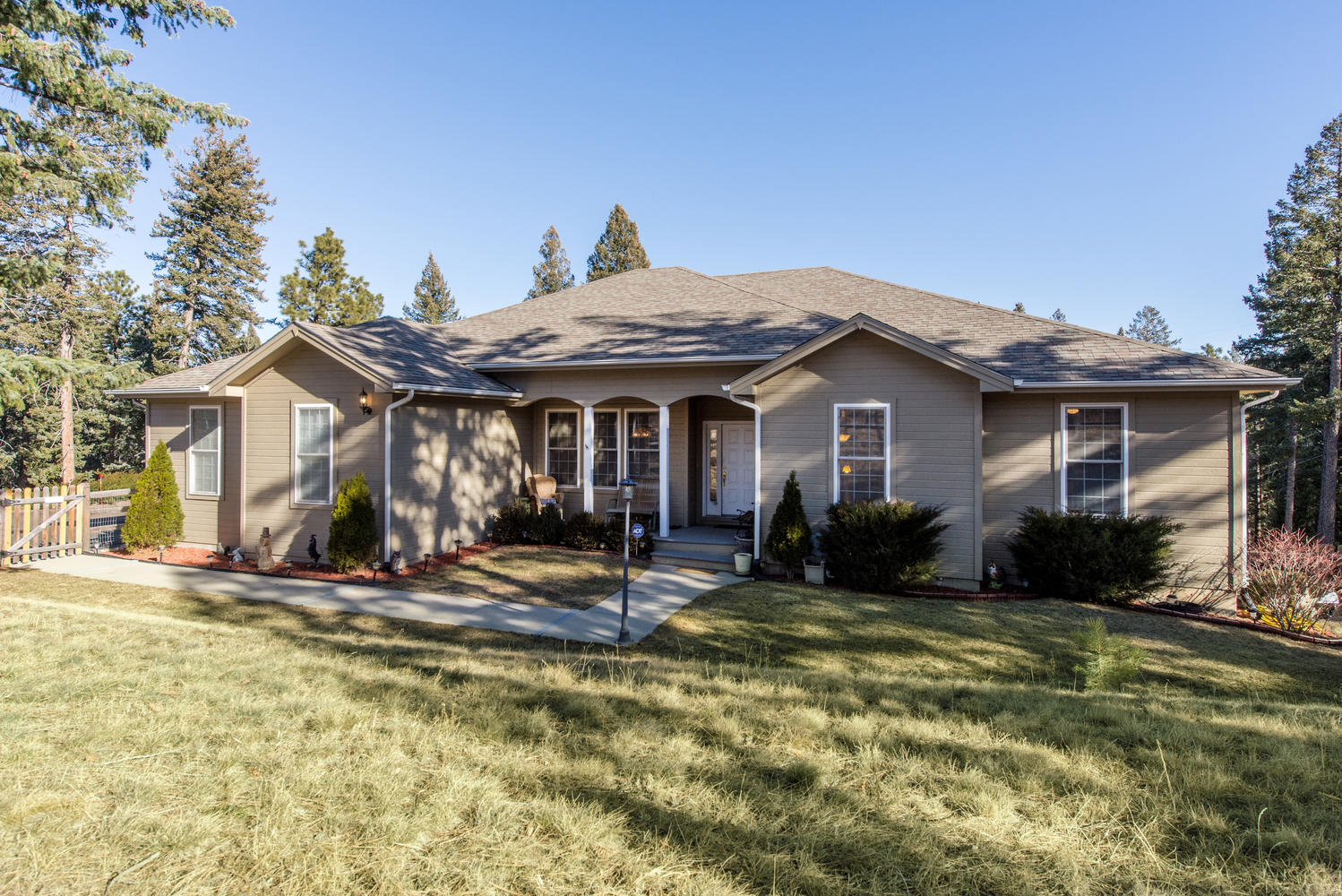 Single Family Home for Sale at Great Location in the Foothills 20957 Horse Bit Way Morrison, Colorado, 80465 United States