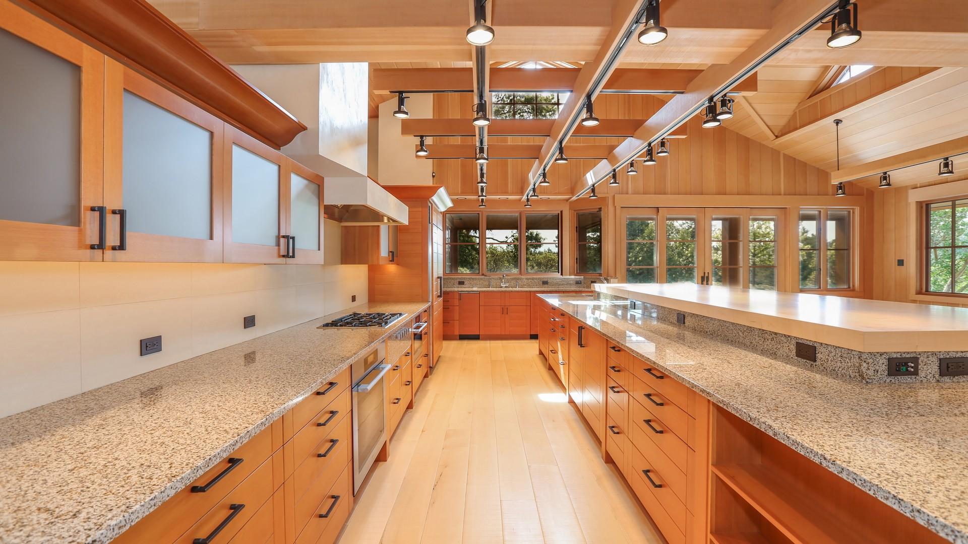 Additional photo for property listing at Friday Harbor Estate 67 Roulac Lane Friday Harbor, Washington 98250 United States