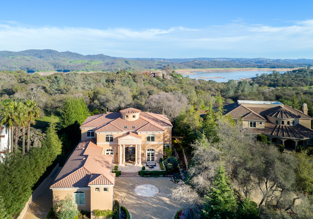 Single Family Home for Sale at 8930 Vista De Lago Ct, Granite Bay, CA 95746 8930 Vista De Lago Ct. Granite Bay, California 95746 United States