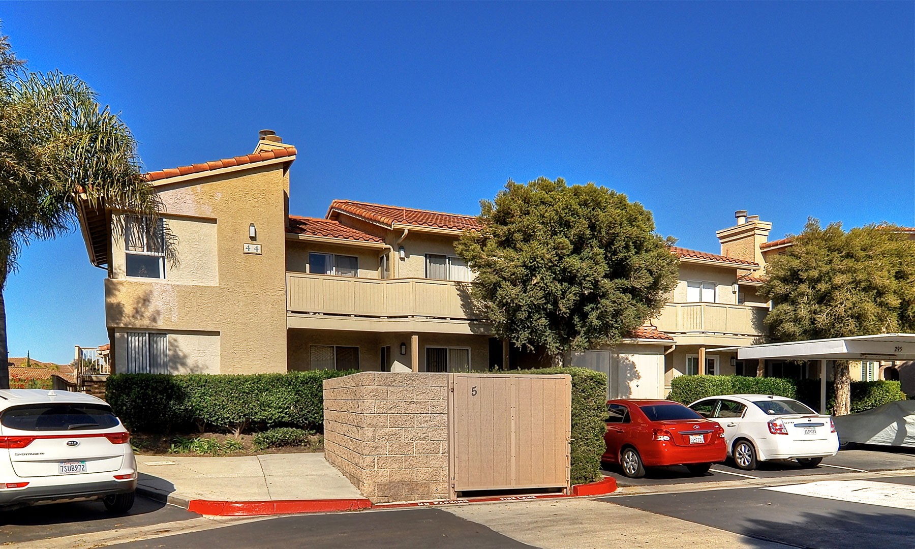 Condominio por un Venta en 44 Corniche Dr #F Dana Point, California 92629 Estados Unidos