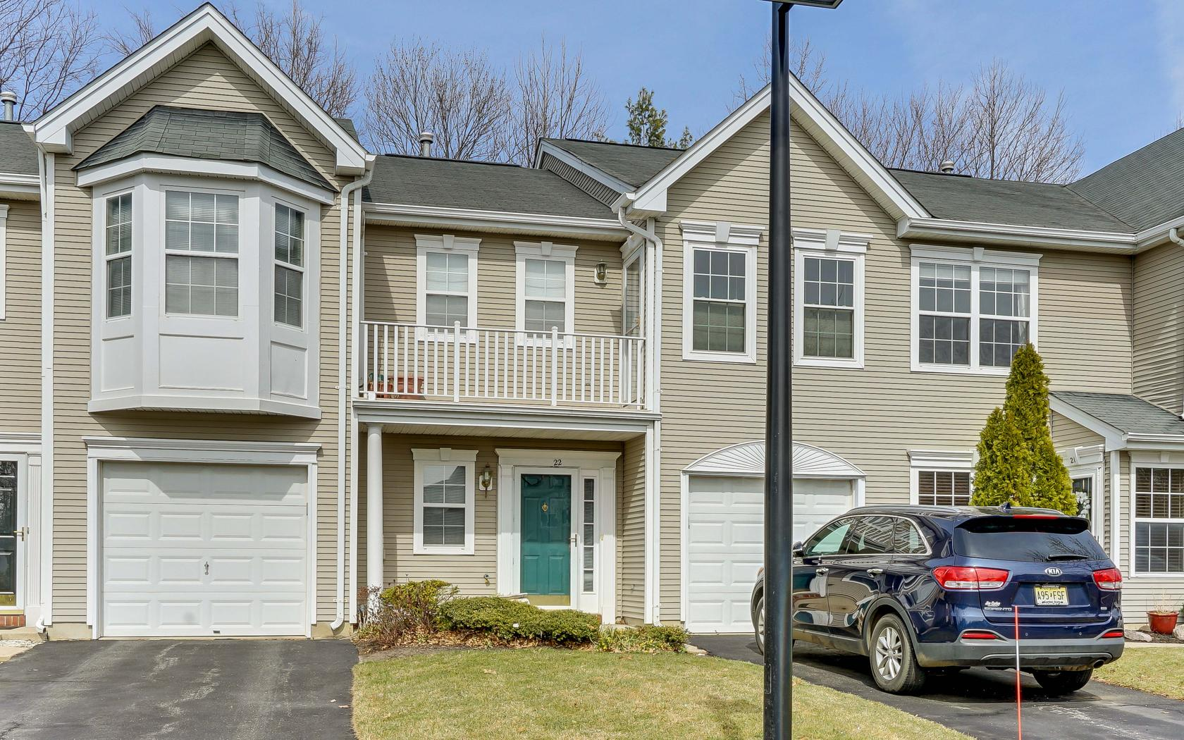 Single Family Home for Sale at Country Village 22 Picket Place 1000 Howell, New Jersey, 07728 United States