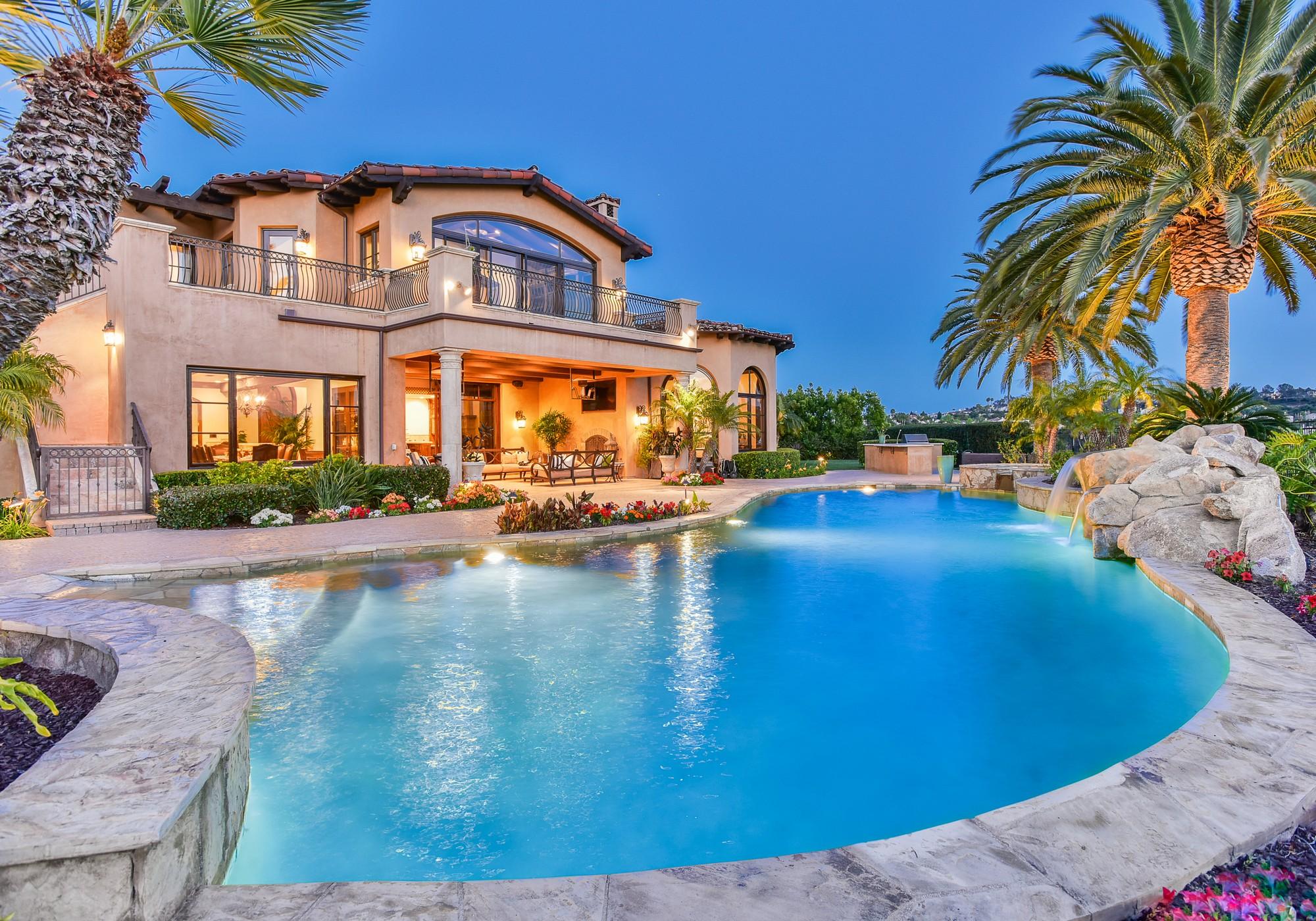 5015 Rancho Quinta Bend
