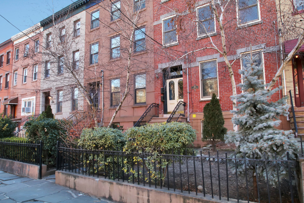 Condominio por un Alquiler en 295 4th Street Unit 2 Jersey City, NJ 07302 295 4th Street #2 Jersey City, Nueva Jersey 07302 Estados Unidos