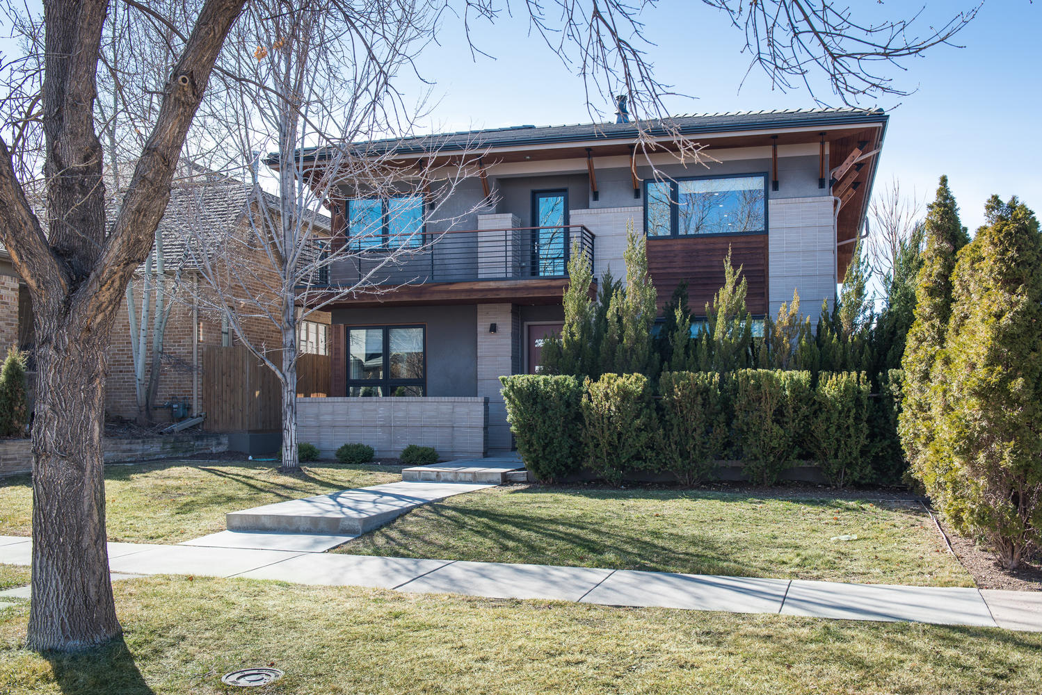 Single Family Home for Sale at Sophisticated single family home 559 Madison Street Denver, Colorado, 80206 United States