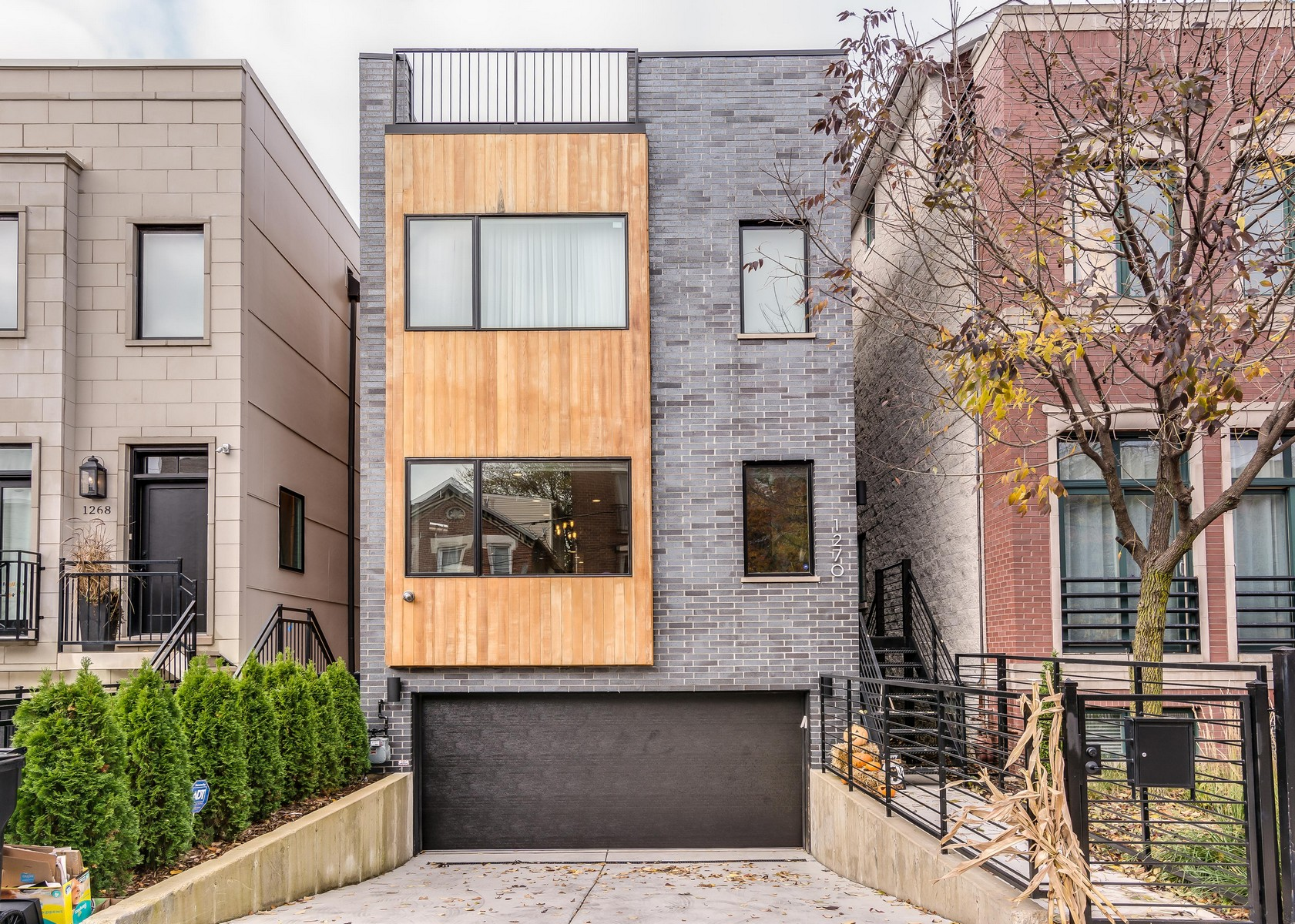 Single Family Home for Sale at Custom Wicker Park Home 1270 N Marion Court Chicago, Illinois 60622 United States