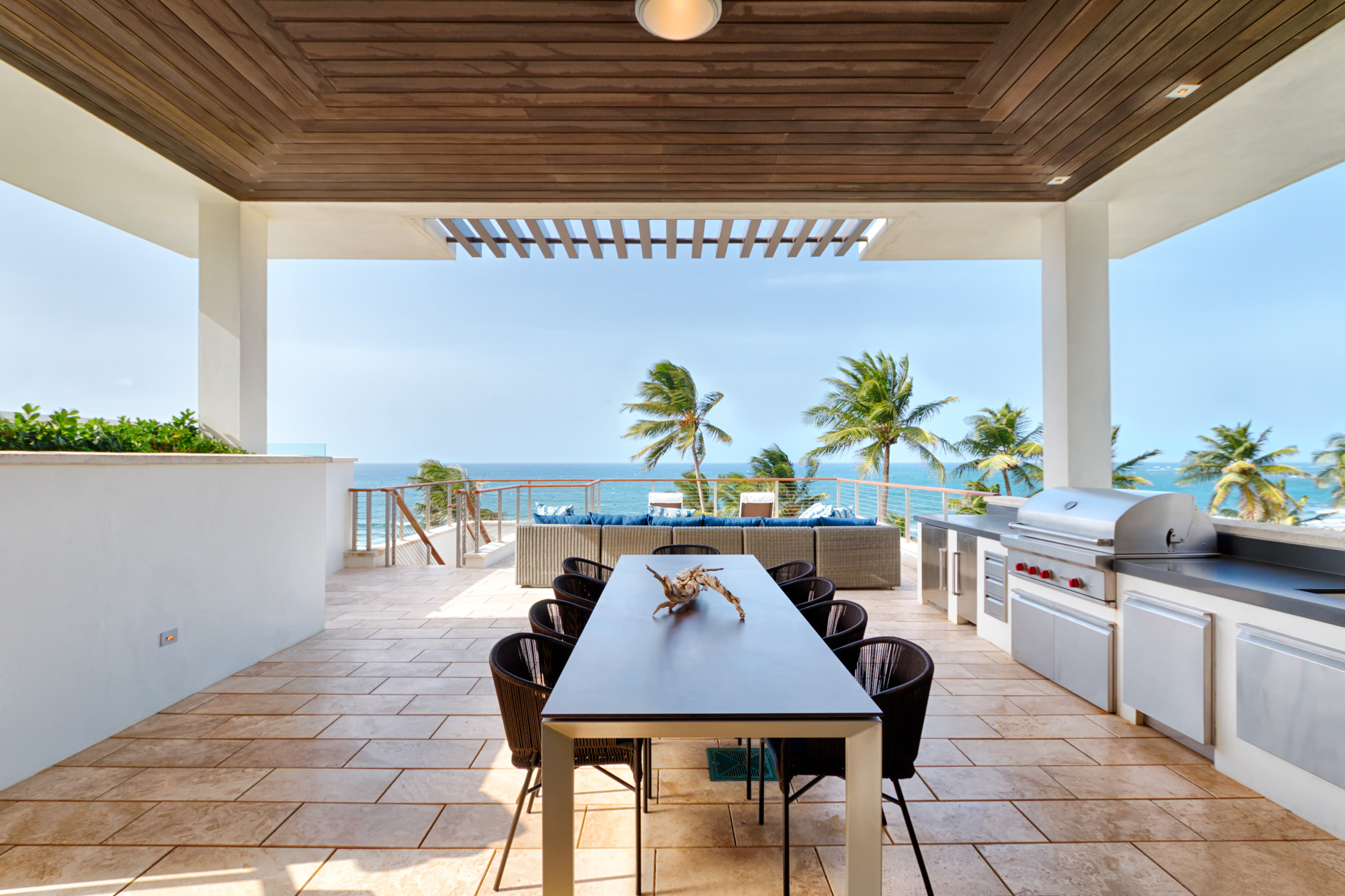 Additional photo for property listing at Branded Beachfront Penthouse 3641 200 Dorado Beach Drive Ritz Carlton Reserve Dorado Beach, 00646 Puerto Rico
