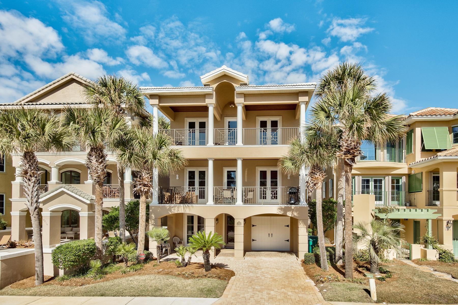 一戸建て のために 売買 アット SPACIOUS COASTAL RETREAT MERE STEPS FROM THE BEACH 4721 Ocean Boulevard Destin, フロリダ, 32451 アメリカ合衆国