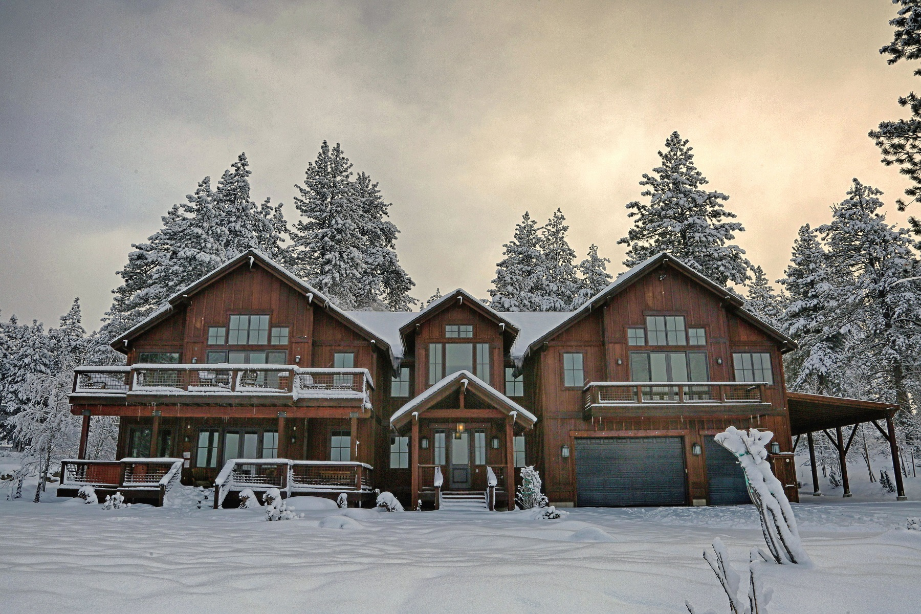 Single Family Home for Sale at 12568 Union Mills Road Truckee, California 96161 United States