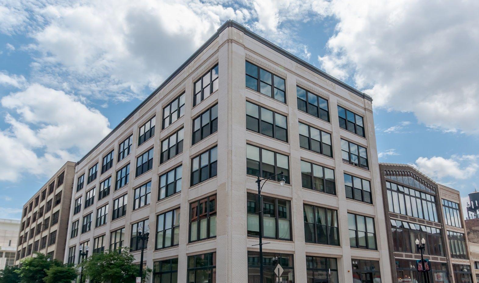 Condominium for Sale at South Loop Gem 2303 S Michigan Avenue Unit 210 Chicago, Illinois 60616 United States