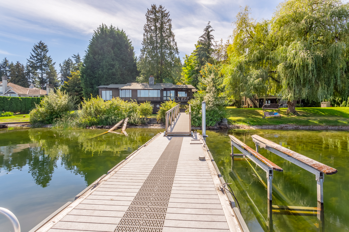 Single Family Home for Sale at Serene Inspiring Timeless Waterfront 3404 W Lake Sammamish Pkwy NE Redmond, Washington 98052 United States
