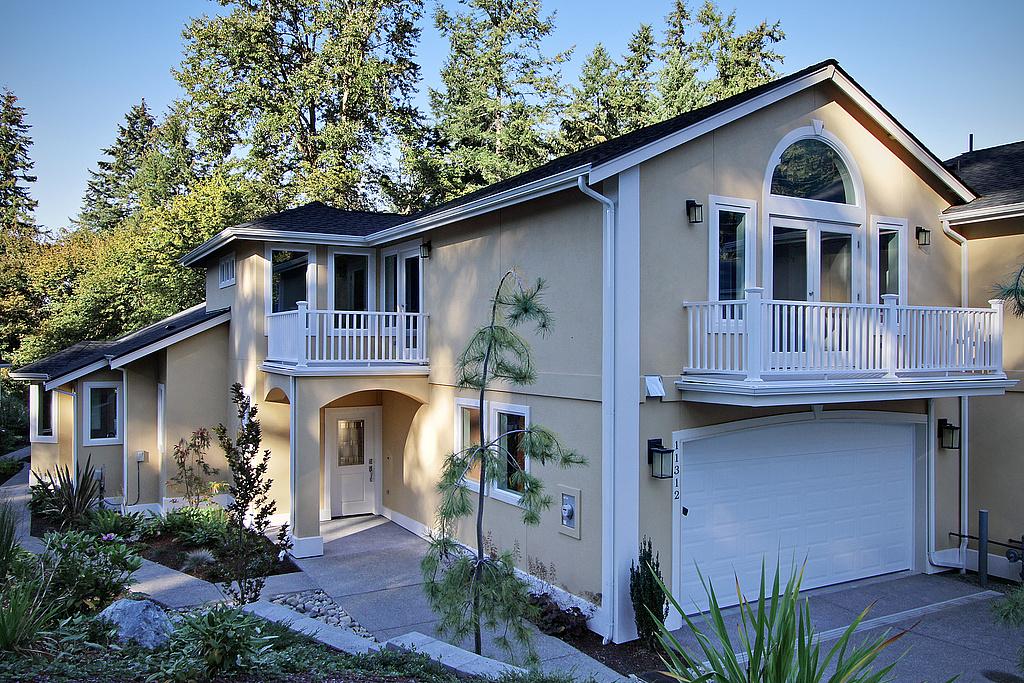 Casa para uma família para Venda às Greystone 11312 Greystone Drive SW 7A Lakewood, Washington, 98498 Estados Unidos