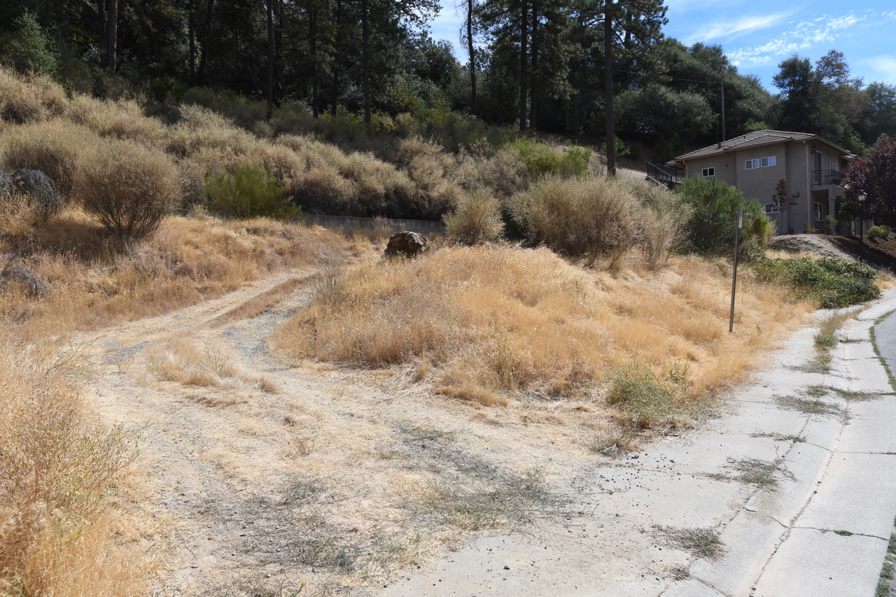 Land for Active at 873 Estey Way, Placerville CA 95667 873 Estey Way Placerville, California 95667 United States