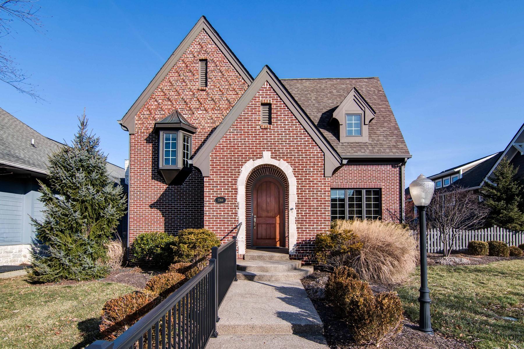 独户住宅 为 销售 在 Impeccable Brick Tudor Home 2364 Shaftesbury Road 卡梅尔, 印第安纳州, 46032 美国