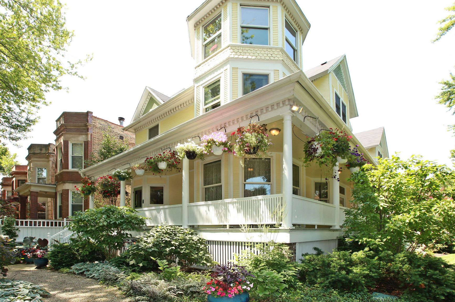 獨棟家庭住宅 為 出售 在 One of a Kind Lakeview Victorian Masterpiece! 1904 W Patterson Avenue Lakeview, Chicago, 伊利諾斯州, 60613 美國