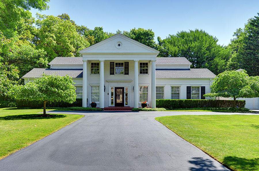 Single Family Home for Sale at Classic Lake Park Colonial 3220 N. Lake Drive Milwaukee, Wisconsin 53211 United States
