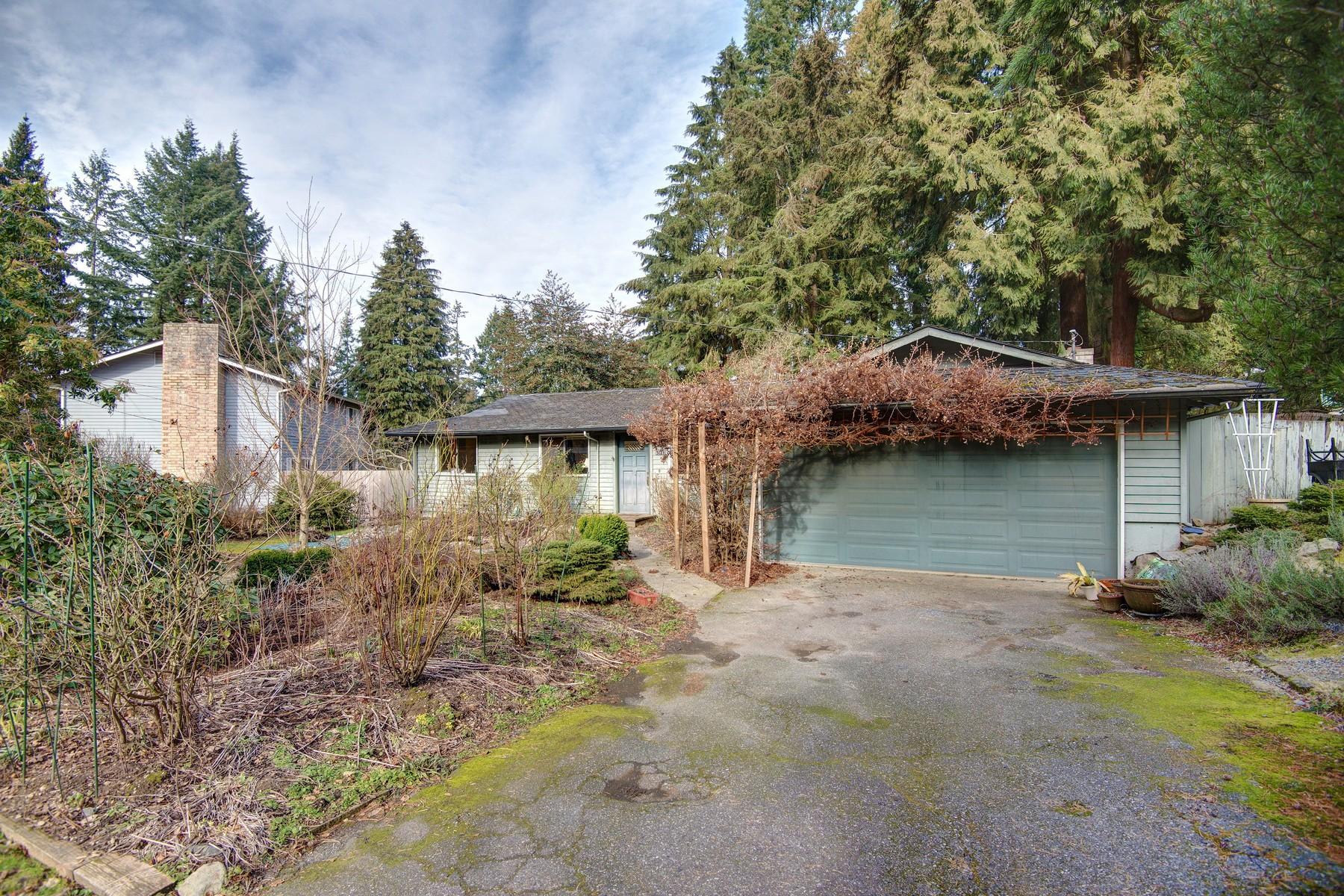 Single Family Home for Sale at Traditional Rose Hill Home 12812 NE 73 St Kirkland, Washington 98033 United States