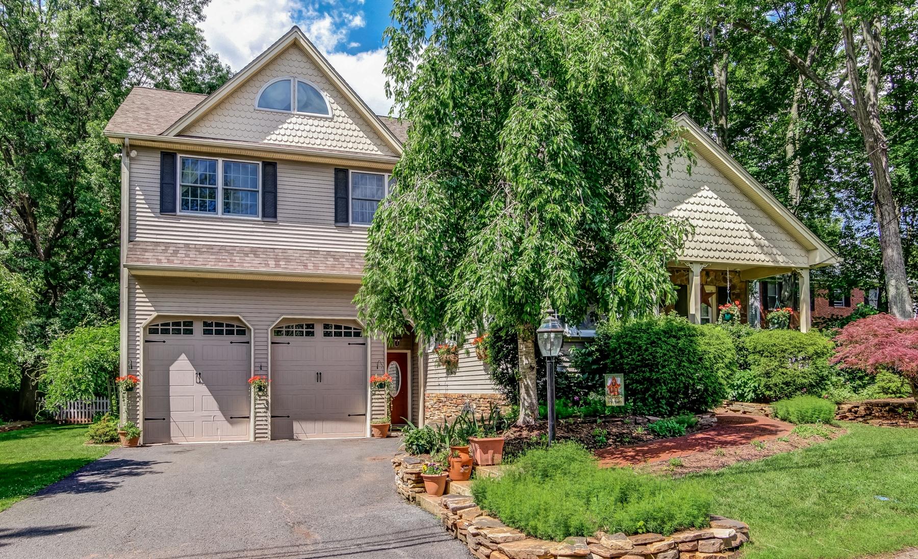 Casa Unifamiliar por un Venta en Exceptional Custom Home 9 Drysdale Lane Bridgewater, Nueva Jersey 08807 Estados Unidos