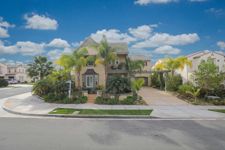 Casa Unifamiliar por un Venta en 10772 Cherry Hill Dr 10772 Cherry Hill Dr San Diego, California 92130 Estados Unidos