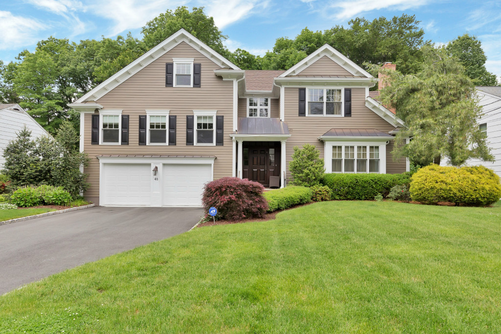 Single Family Home for Sale at Desirable Poet Section 48 Browning Road Short Hills, New Jersey 07078 United States