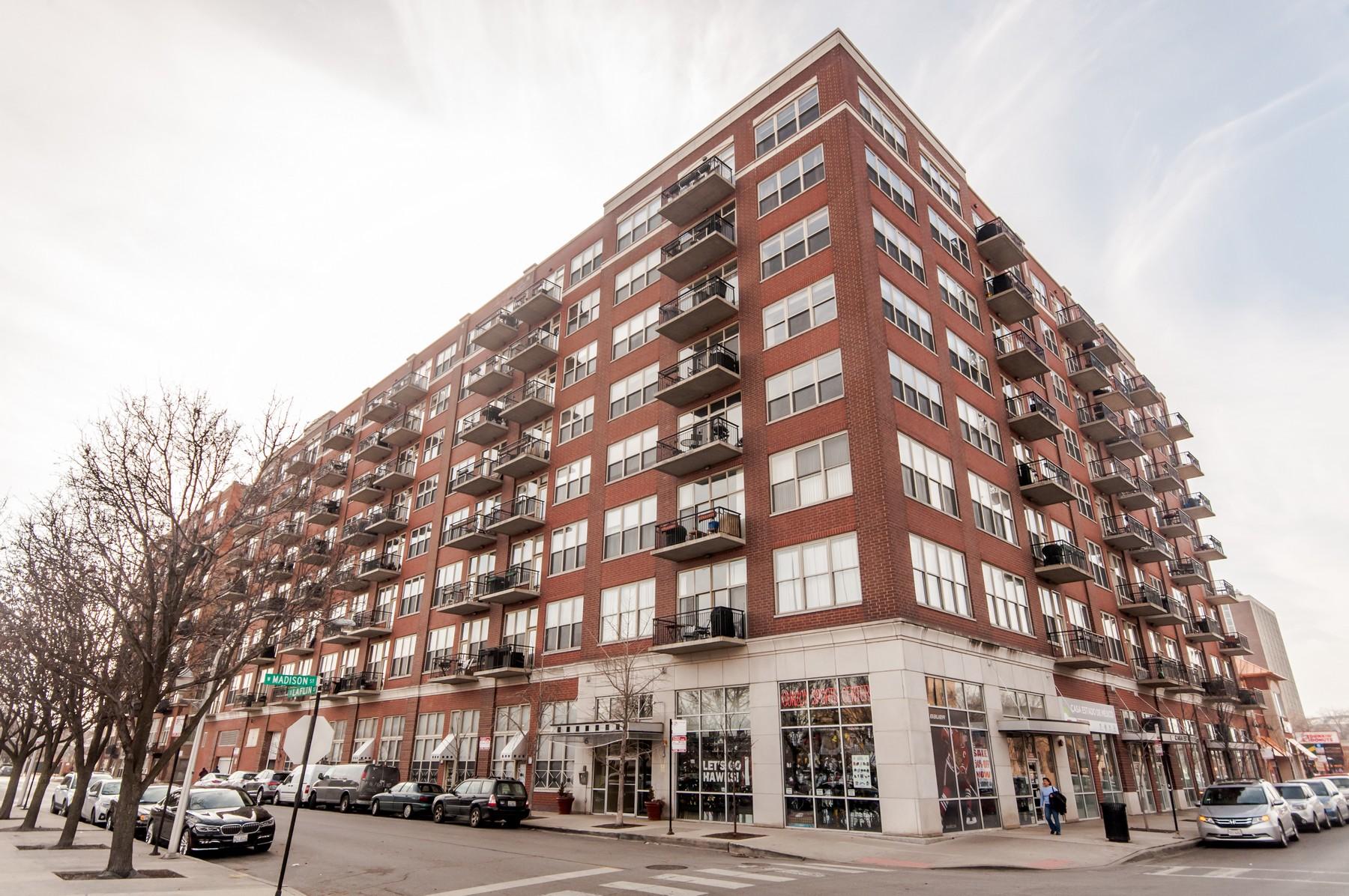 Appartement en copropriété pour l Vente à Best Floorplan in Skytech Lofts 6 S Laflin Street Unit 523 Near West Side, Chicago, Illinois, 60607 États-Unis