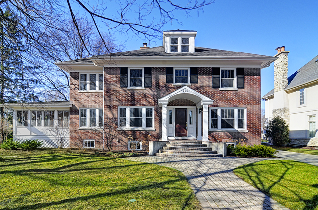 Single Family Home for Sale at 220 N Lincoln 220 N. Lincoln Hinsdale, Illinois, 60521 United States